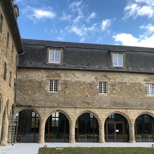 Portes et fenêtres en bois - Collège des Cordeliers - Dinan