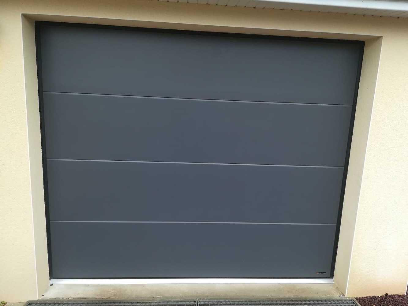 Porte de garage sectionnelle plafond 0