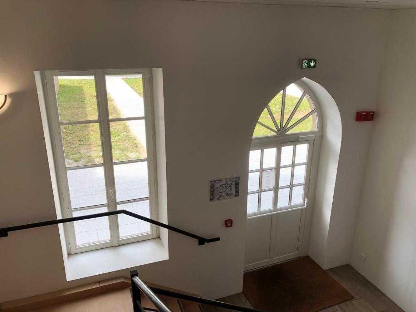 Fenêtre bois et porte d''entrée bois avec imposte fixe - Dinan -22 img-20191016-wa0002